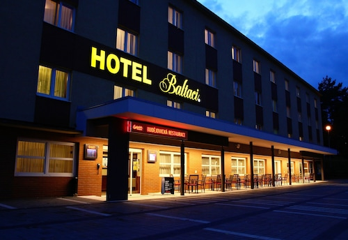 . Hotel Baltaci U Náhonu