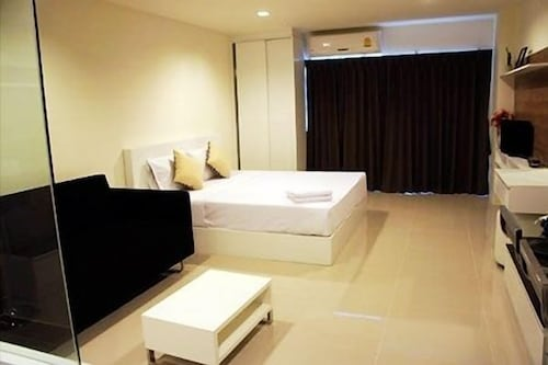 R-Con Sea Terrace, Pattaya