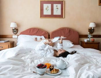 Classic Room with double bed or 2 single beds, access to Pré-Saint Didier thermal spa