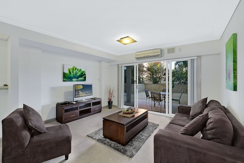 Sandy Cove Apartments, Wyong - South and West