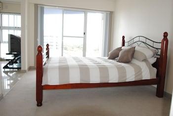 1 Bedroom Apartment (Ocean View)