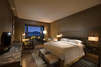 Hilton Wuhan Optics Valley - Guestroom  - #0
