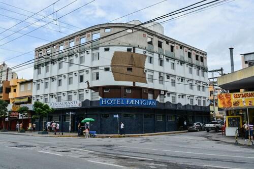 . Hotel Faenician