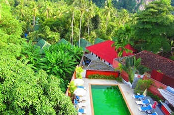 Superior Double or Twin Room, Pool View