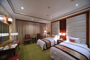 ウェンピン ホテル ピア 2 (高雄文宾大饭店 - 驳二馆)