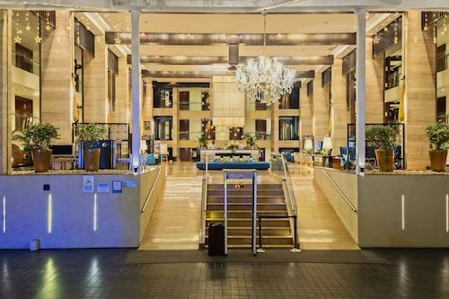 . Novotel Goa Candolim Hotel