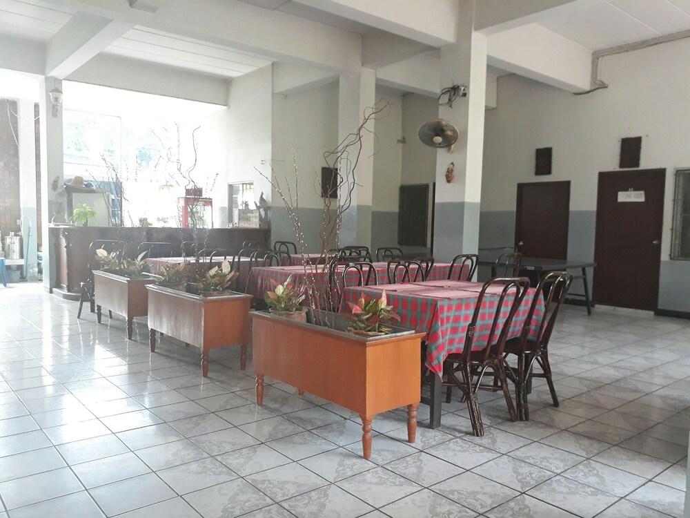 ウィリヤ ハウス