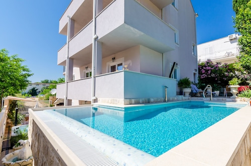 . Apartments Aura