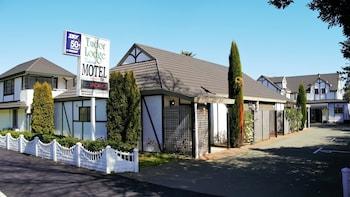 Hotel - Tudor Lodge Motel