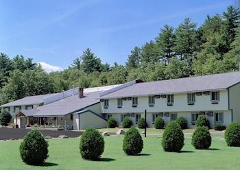 伊斯坦旅館及套房 Eastern Inn & Suites