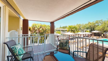 Pool View King Suite