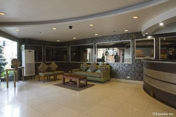 Rothman Hotel Manila Business Center