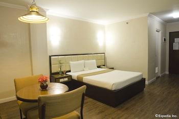 Rothman Hotel Manila Guestroom