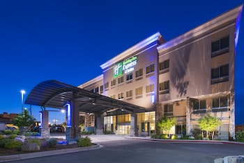 Holiday Inn Express Hotel & Suites Colorado Springs Central photo