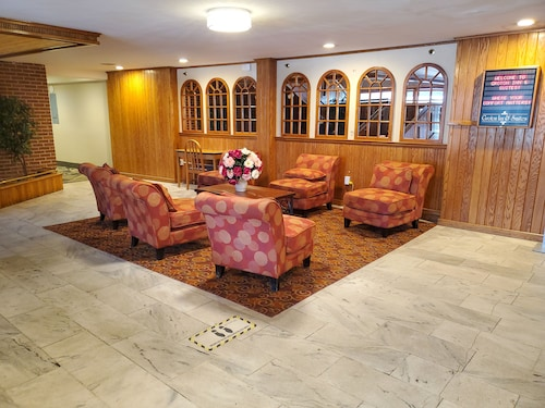 . Groton Inn and Suites