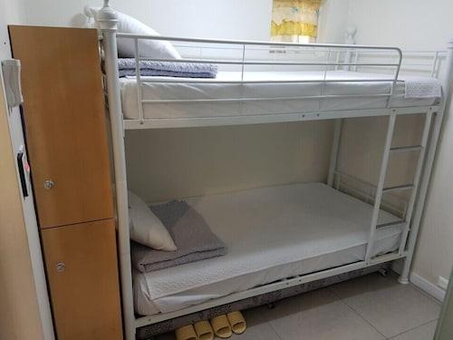 24 Guesthouse Dongdaemun, Jung