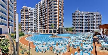 Hotel - Azura Complex