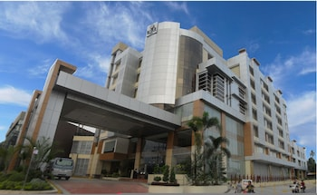 Big 8 Corporate Hotel Davao Featured Image