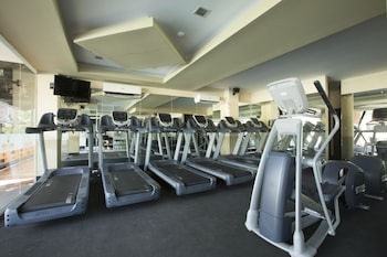 Big 8 Corporate Hotel Davao Gym