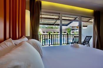 Grand Deluxe Room, 2 Double Beds, Balcony, Resort View
