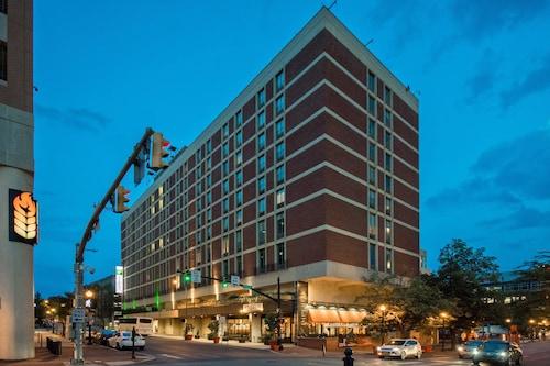 . Holiday Inn Lancaster, an IHG Hotel