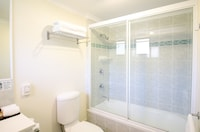 Family Apartment, 1 Bedroom, Terrace at Pegasus Motor Inn and Serviced Apartments in Hamilton