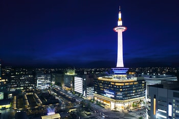 KYOTO TOWER HOTEL Exterior