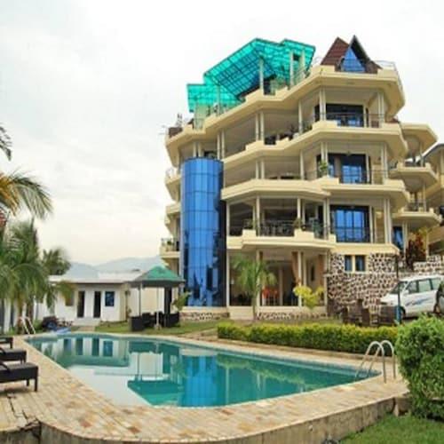 Best Outlook Hotel, Roherero