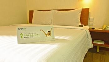 Hotel - Whiz Hotel Malioboro Yogyakarta