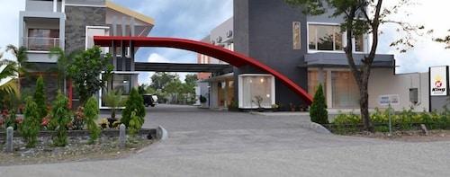 . Hotel Kings Kudus