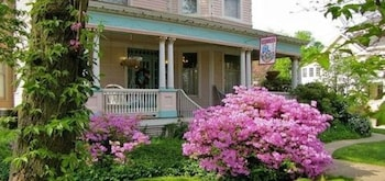 Hotel - Walnut Street Inn