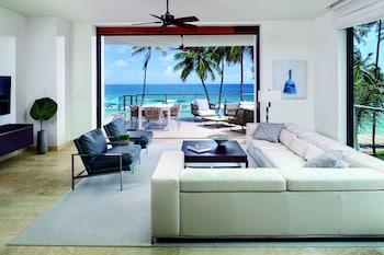 Room, 3 Bedrooms, Balcony, Oceanfront (Mid-Floor)
