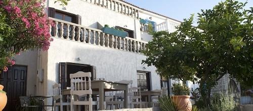 Hotel Cattleya, North Aegean