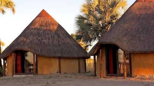 Ongula Village Homestead Lodge, Omulonga
