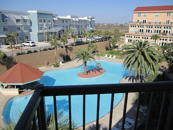 Condo F, 2 Bedrooms, 2 Bathrooms, Partial Ocean View  (Balcony Not Accessible)