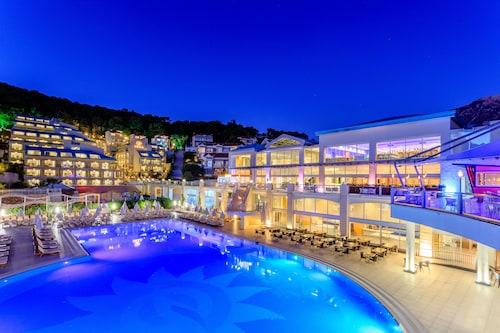 . Orka Sunlife Resort & Spa