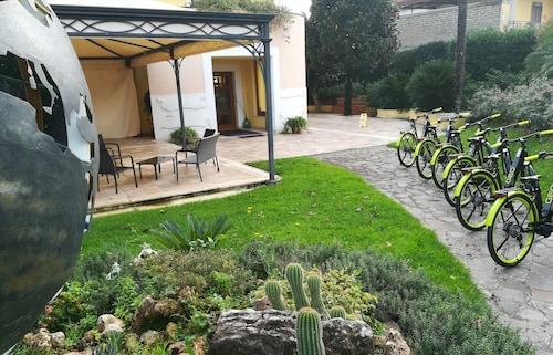 . Hotel Ristorante La Piana
