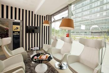 Hotel - Residhome Paris Issy-les-Moulineaux