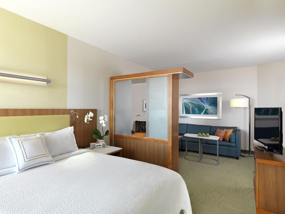 SpringHill Suites by Marriott Bloomington, Monroe