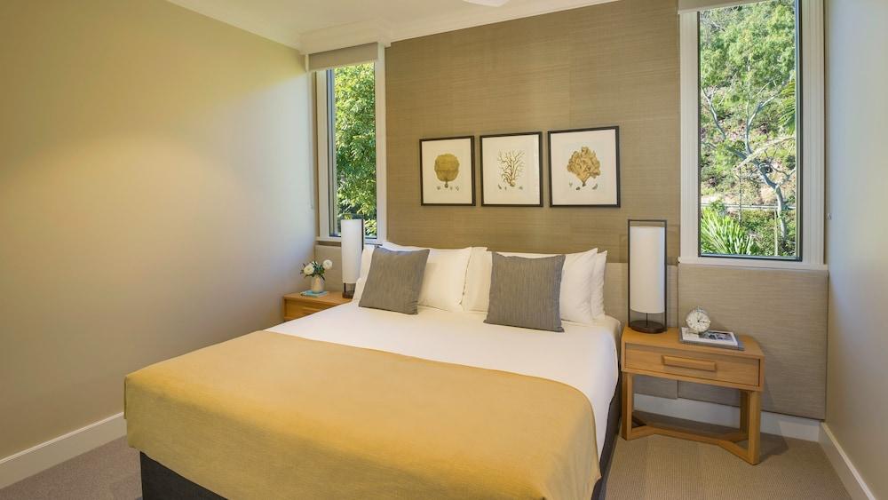 https://i.travelapi.com/hotels/7000000/6730000/6722500/6722402/2fe9b7f4_z.jpg