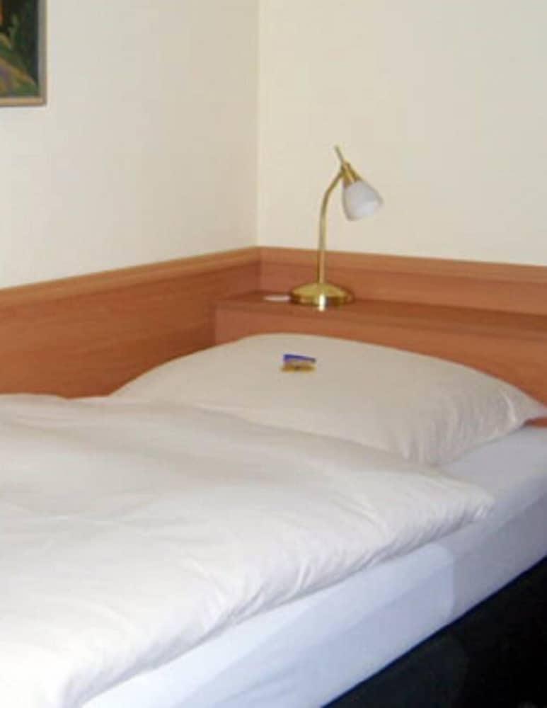 ホテル アルファ