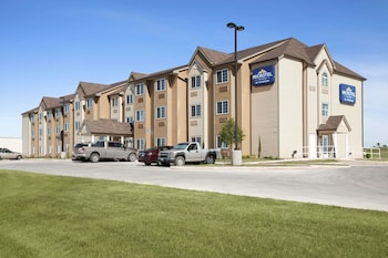 Microtel Inn & Suites by Wyndham Pleasanton photo