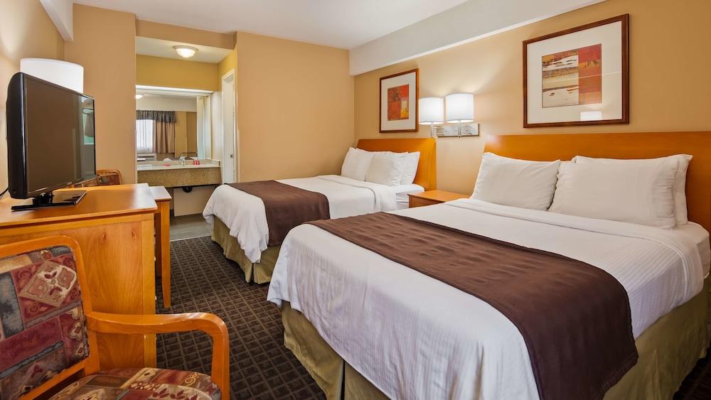 シュアステイ ホテル バイ ベストウェスタン ノース バンクーバー カピラノ