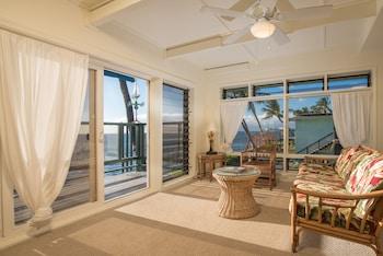 Executive Studio Suite, 1 King Bed, Ocean View, Oceanfront