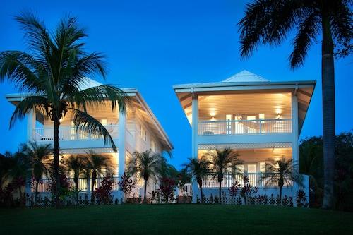 . Azul Ocean Club Hotel