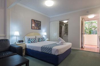 Guestroom at Toowong Central Motel Apartments in Toowong