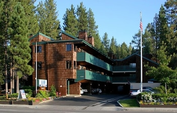 겟어웨이스 앳 스노우 레이크 로지(Getaways at Snow Lake Lodge) Hotel Image 0 - Featured Image