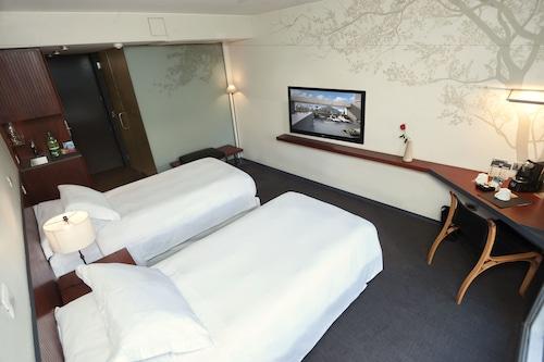 Hotel Ismael, Santiago
