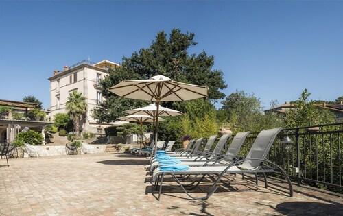 . Villa Clodia