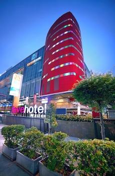 Hotel - favehotel LTC Glodok Jakarta